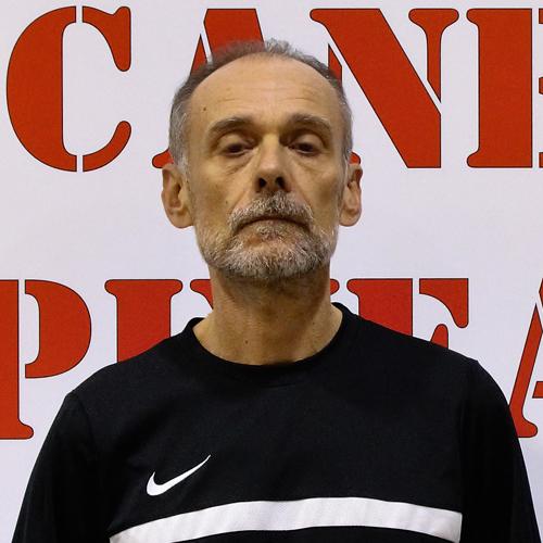 http://www.asdpallacanestrospinea.it/demo/wp-content/uploads/2018/10/Dirigente-accompagnatore-Mauro-Numi.jpg